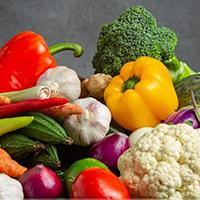 Lựa chọn rau củ quả tươi
